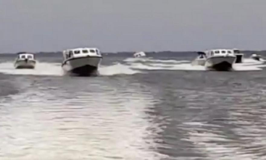 Oυζόχο και Σέχου ταξίδεψαν στο Μπενίν με βάρκες