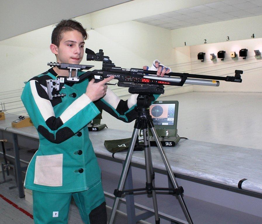 Νέο παγκύπριο ρεκόρ στους παίδες από τον νεαρό Γιώργο Ευαγγέλου