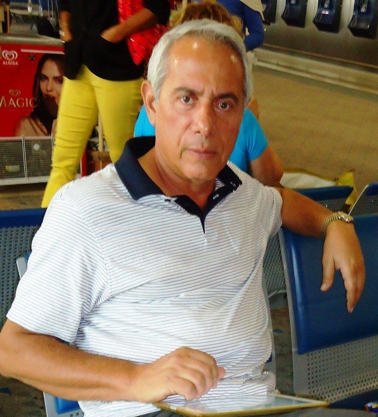(1) P. KYRITSIS
