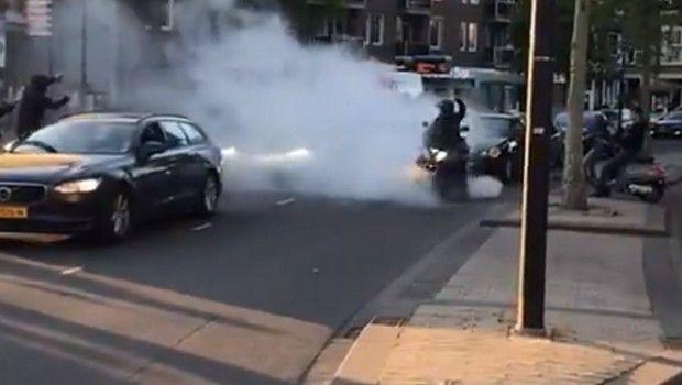 Ολλανδία: Οι άλλοι φωνάζουν