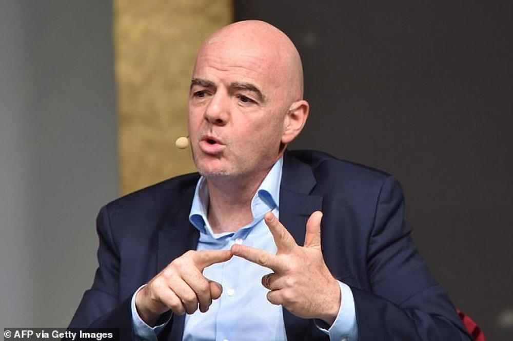 FIFA: Σκέφτεται την αλλαγή του οφσάιντ ο Ινφαντίνο!