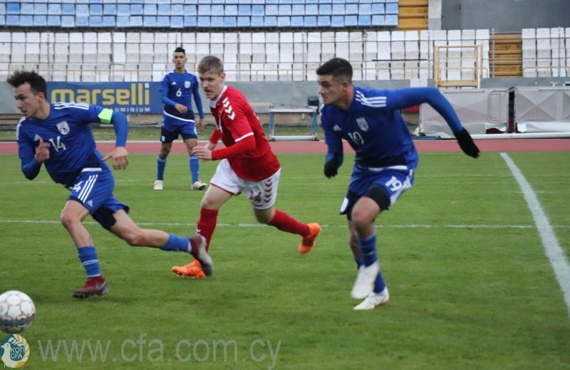 Στο ΓΣΖ Εθνική Παίδων-Δανία