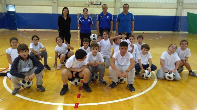 Συνεχίζονται τα μαθήματα ποδοσφαίρου στο πλαίσιο προγράμματος του Υπουργείου Παιδείας