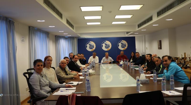 Συνάντηση και ανταλλαγή απόψεων με τα Σωματεία Γυναικείου Ποδοσφαίρου