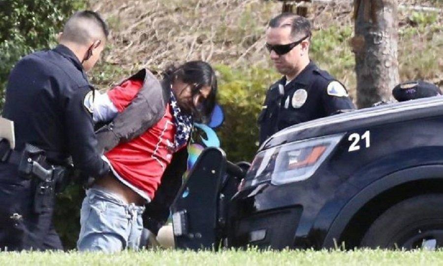 Συνελήφθη άτομο που έσκαβε στον τάφο του Κόμπι Μπράιαντ! (pics)