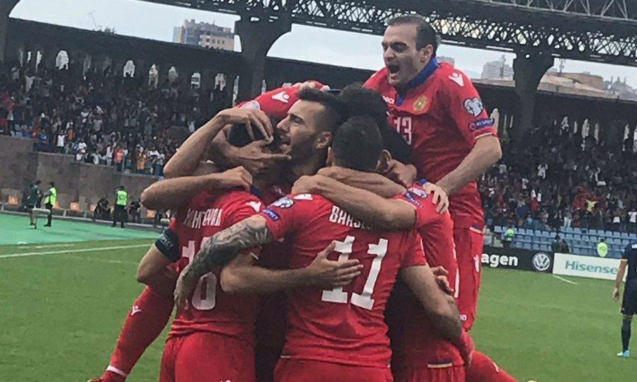 «Ζωντανή» η Αρμενία με γκολ Αμπαρτζουμιάν και βασικό τον Γκαζαριάν