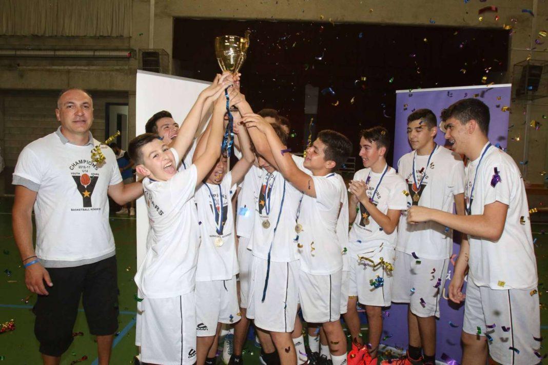 Πρωταθλητές K14 οι Youth Stars