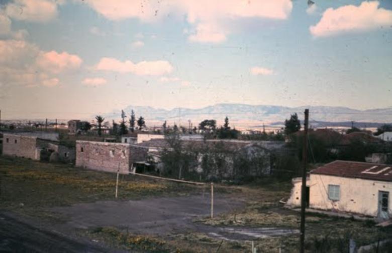 Το αθλητικό κέντρο στη Μια Μηλιά που τελεί υπό κατοχή
