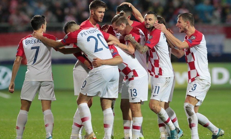 Ανατροπή και… πρόκριση η Κροατία! (vid)