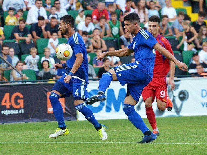 Βούλγαροι διαιτητές με την Μάλτα