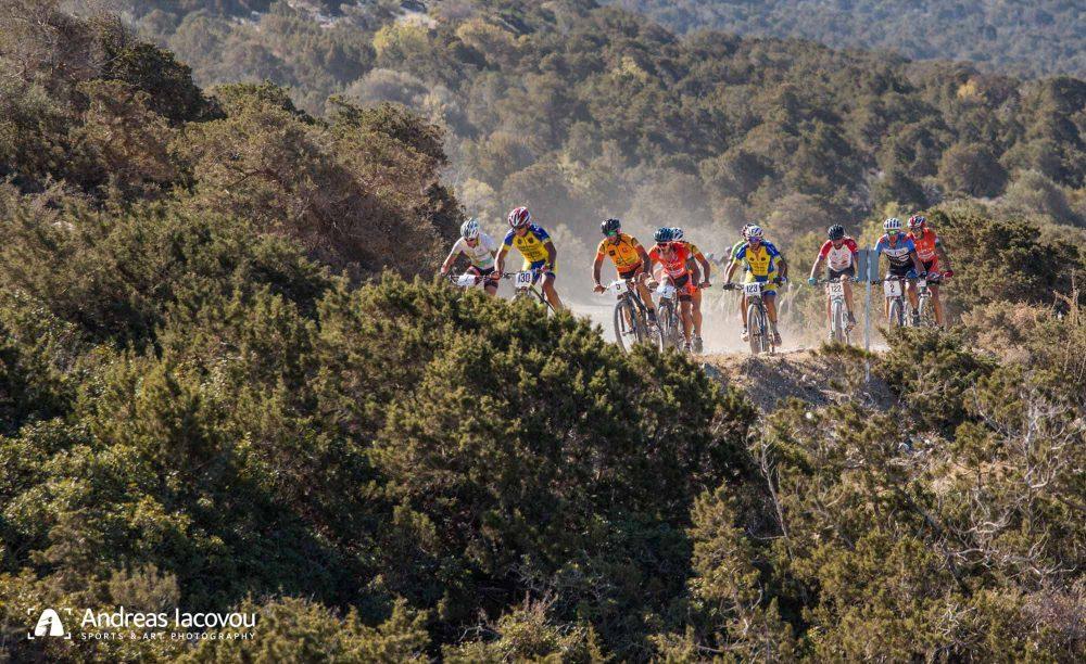 Την πρόκληση του Ακάμα έζησαν 120 ποδηλάτες