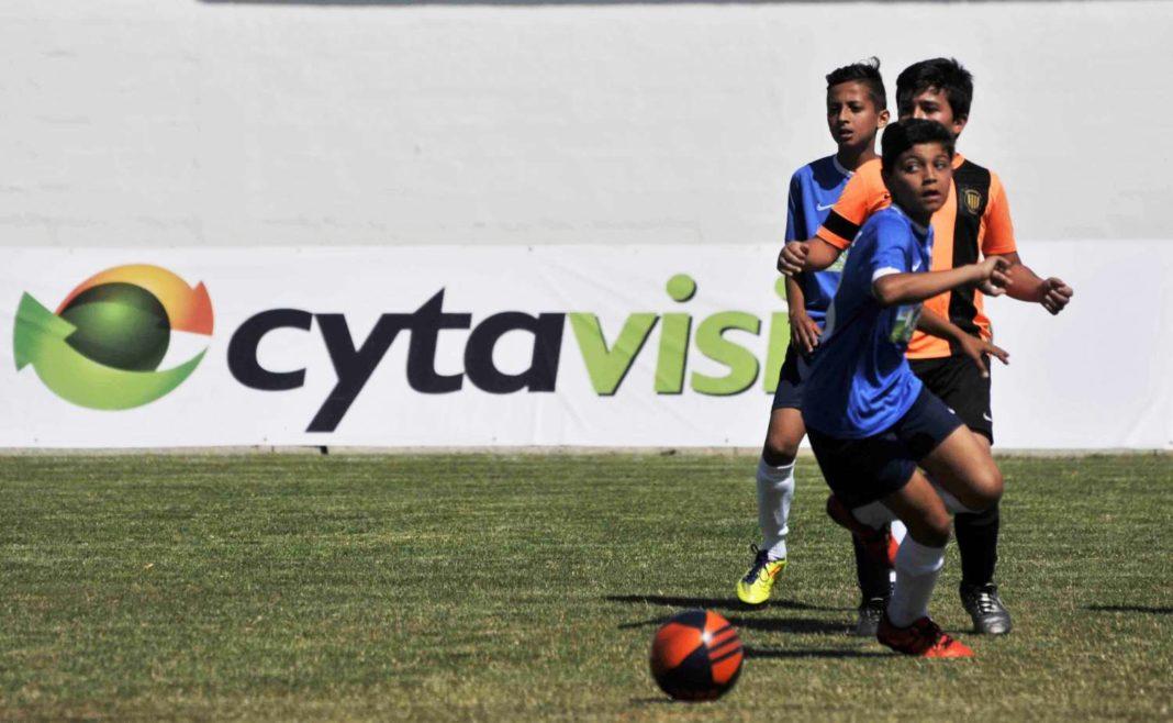Με 19 ομάδες από το εξωτερικό το Τουρνουά Αγίας Νάπας του 2017