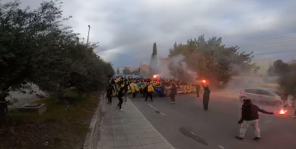 Βίντεο: Το πάρτι των οπαδών της ΑΕΛ στο Τσίρειο