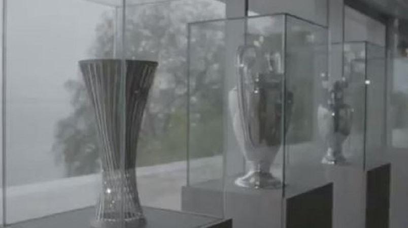 Europa Conference League: Τα αποκαλυπτήρια του τροπαίου της νέας διοργάνωσης της UEFA (vid)