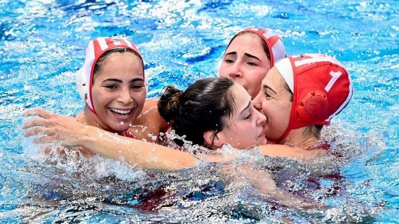 Ολυμπιακός - Ντουναϊσβάρος 7-6: «Βασίλισσες» της Ευρώπης στο πόλο!