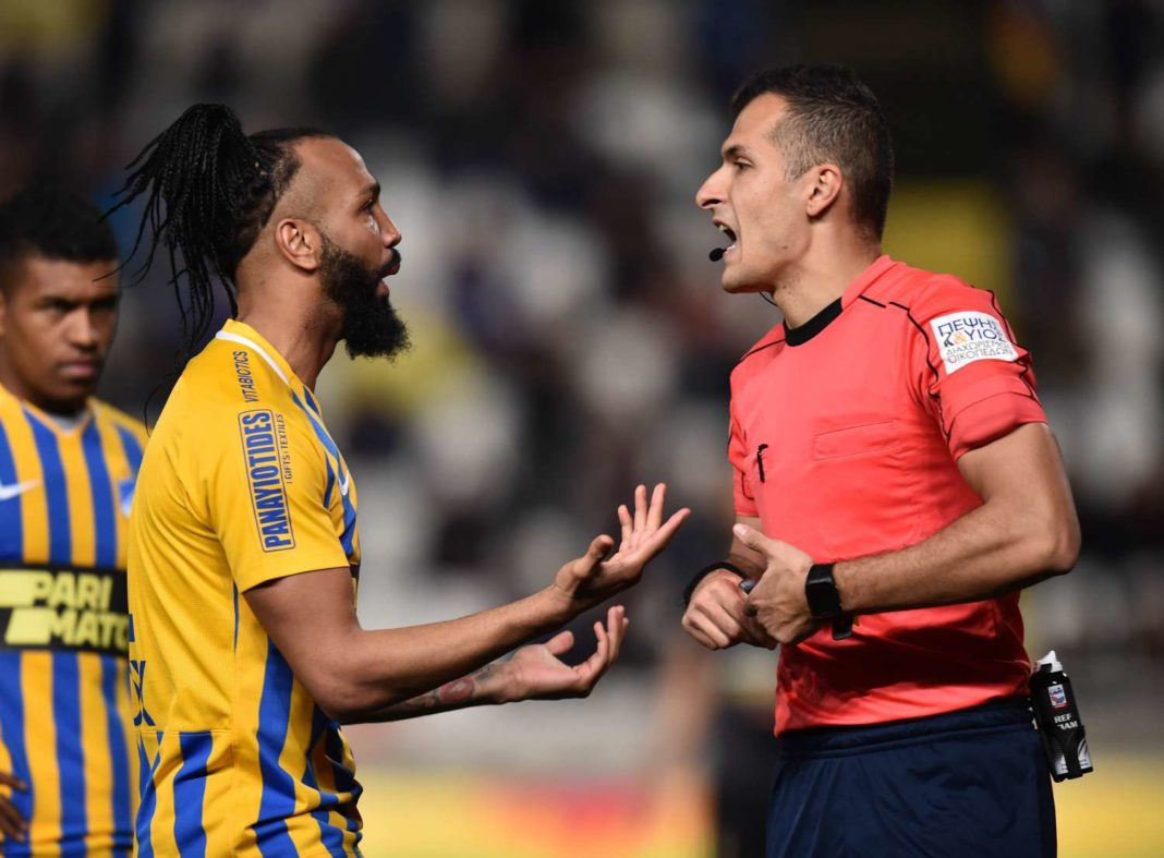 Τα (πολλά) διαιτητικά λάθη στο ΑΠΟΕΛ – Πάφος FC