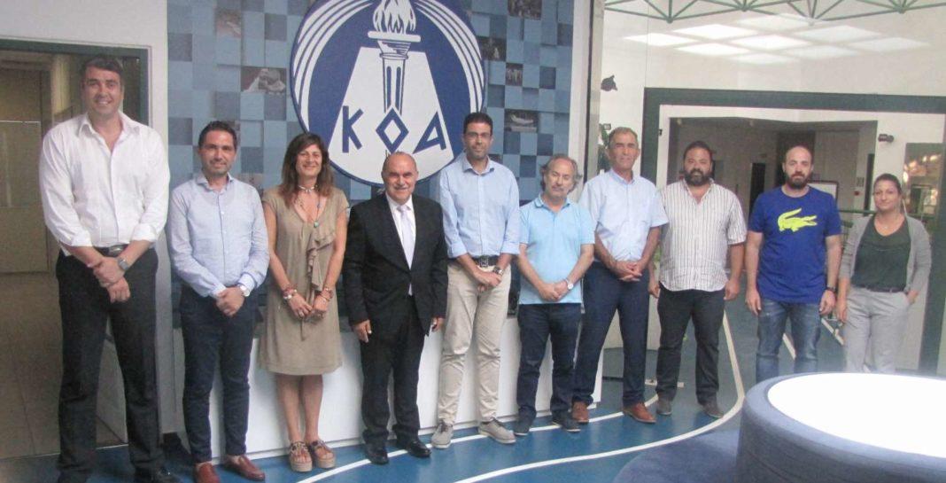 ΚΟΑ-ΚΟΚ: Ήλθαν σε... τετ α τετ Μιχαηλίδης Μουζουρίδης