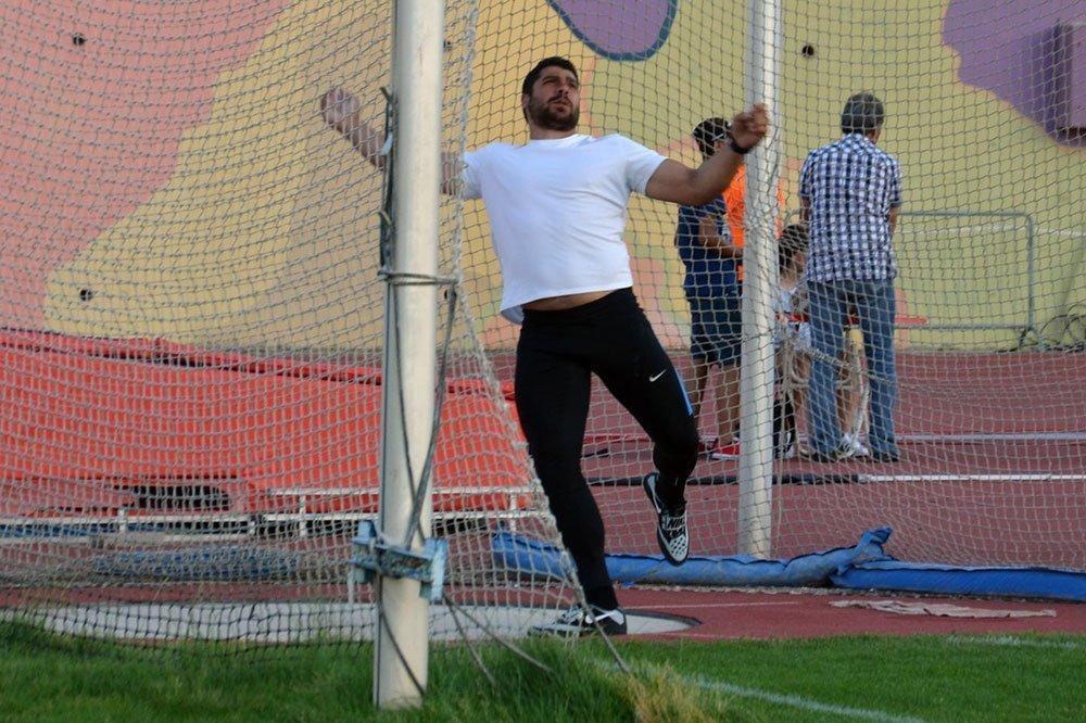 Ολυμπιακό επίπεδο βρίσκει ο Παρέλλης