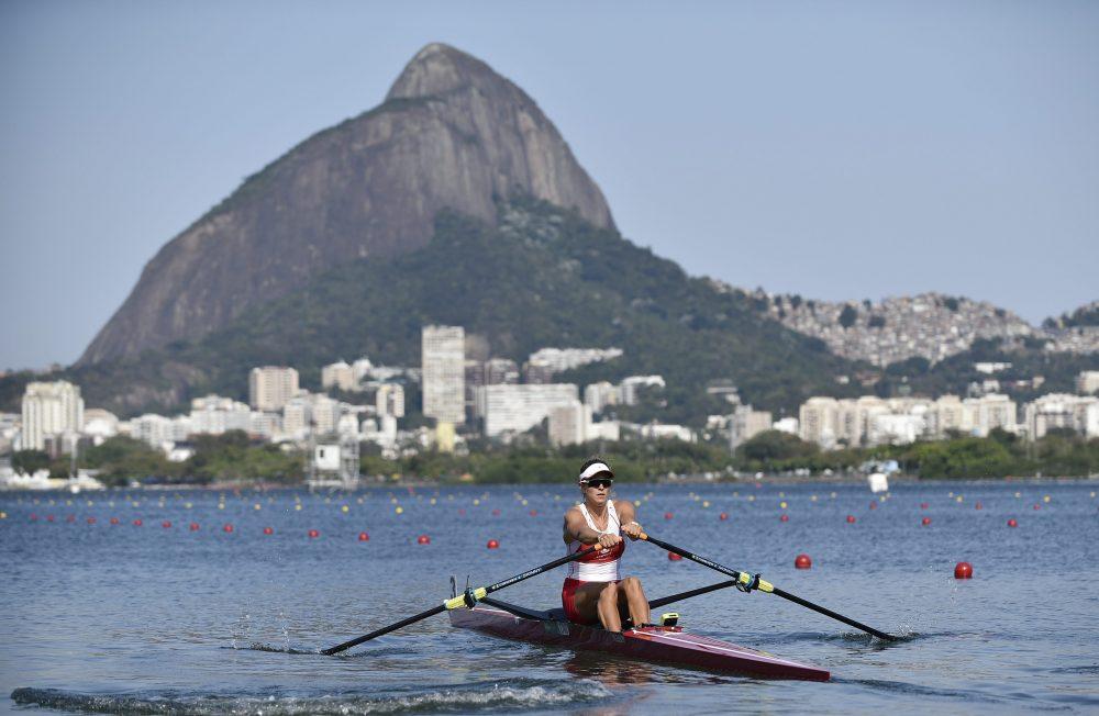 Ολυμπιακές εγκαταστάσεις: Μέσα στολίδια