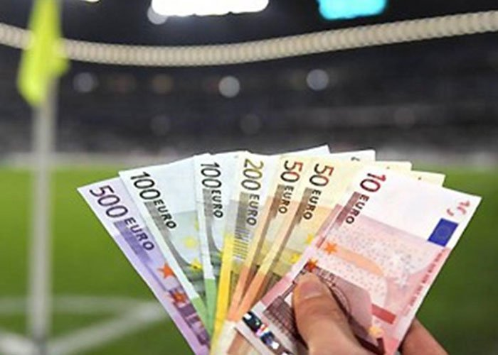 Από 325.000 ευρώ πήρε… μόνο 6.357 λόγω cash out!