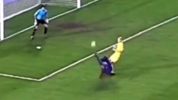 Μπαρτσελόνα: Επέλεξε το καλύτερο γκολ του Ροναλντίνιο με τη φανέλα της