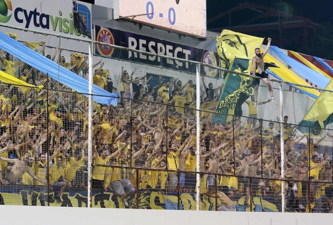 UEFA: Βαριές ποινές σε ΑΠΟΕΛ και ΑΕΛ!