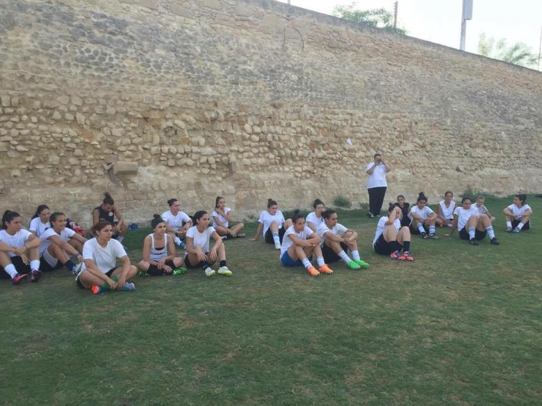 Δημιουργεί Ακαδημία ποδοσφαίρου για κορίτσια!