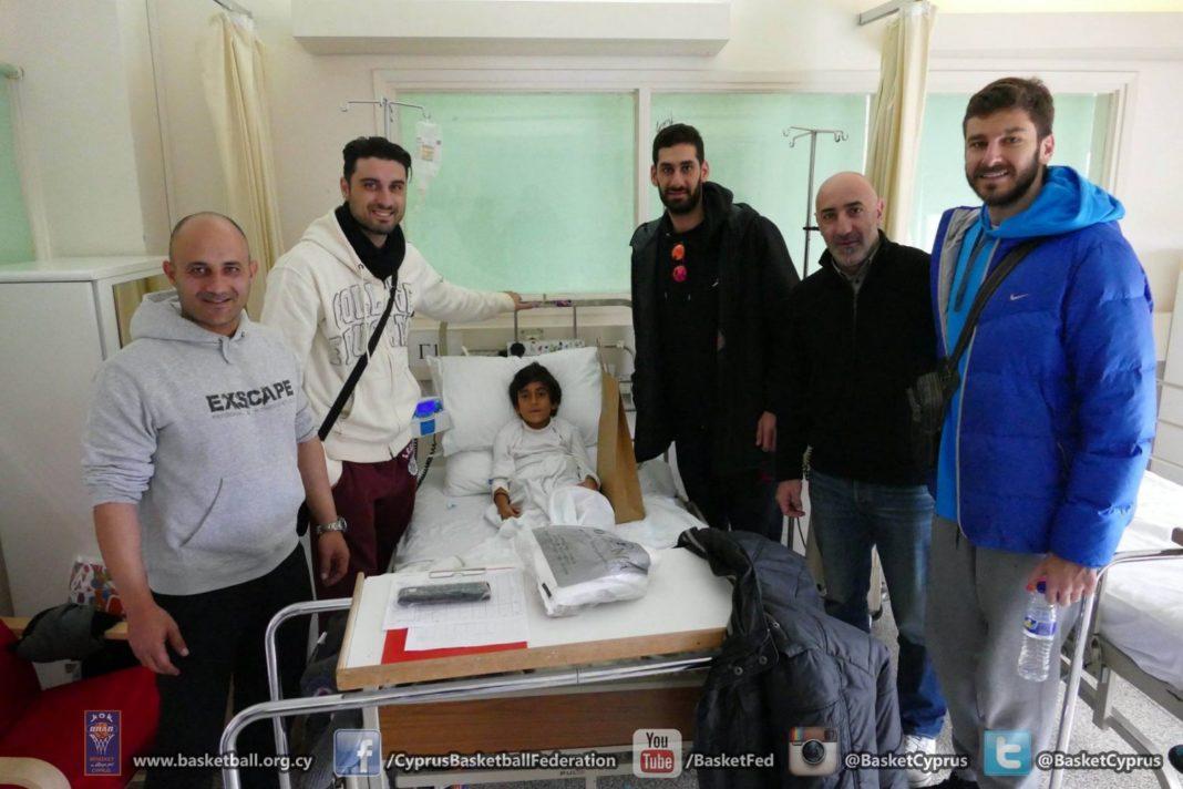Επίσκεψη στο παιδιατρικό τμήμα του Mακαρείου Νοσοκομείου (pics)