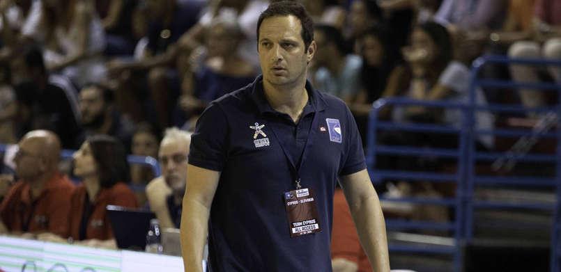 Tαυτόχρονα προπονητής της Εθνικής Κύπρου και του Πανιωνίου ο Γαβριήλ
