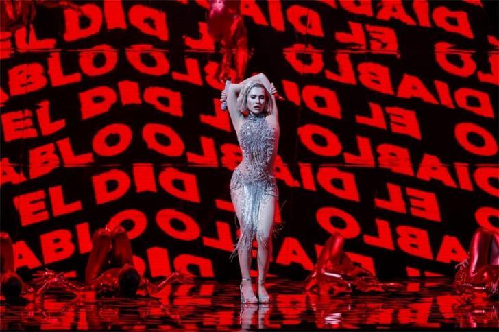 Eurovision: H εκρηκτική εμφάνιση της Έλενας Τσαγκρινού (vid)