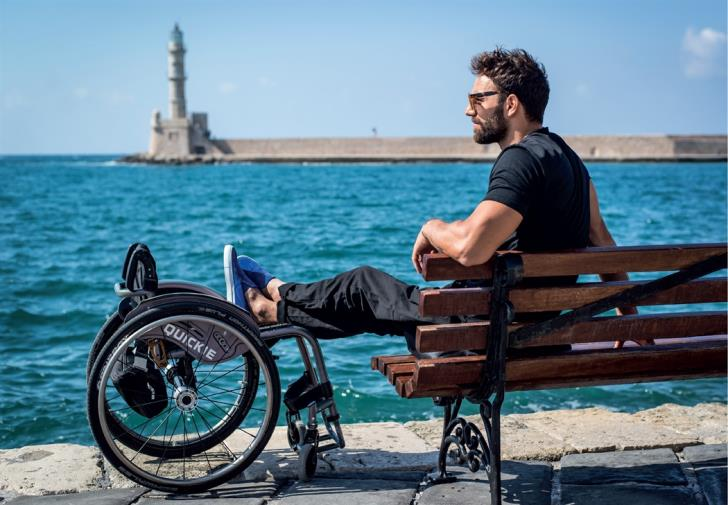 Αντώνης Τσαπατάκης: «Όλοι είμαστε εν δυνάμει ανάπηροι» (ηχητικό)