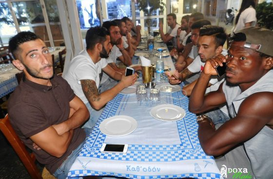 Δείπνο στην ομάδα και τώρα Ομόνοια (pics)