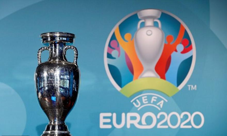 Με κόσμο όλα τα γήπεδα του Euro
