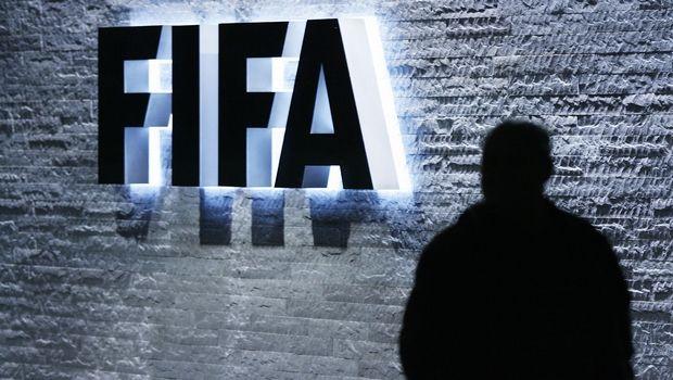 FIFA: Αυτοί είναι οι νέοι κανονισμοί για συμβόλαια και μετεγγραφικές περιόδους