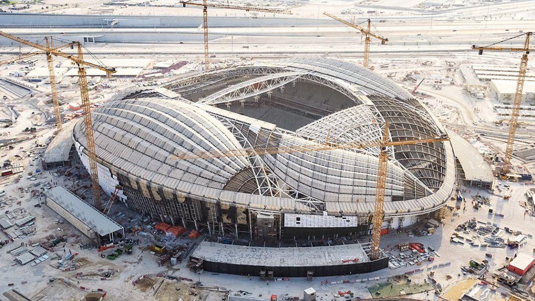 Ο κορωνοϊός «χτύπησε» το Παγκόσμιο Κύπελλο του Κατάρ