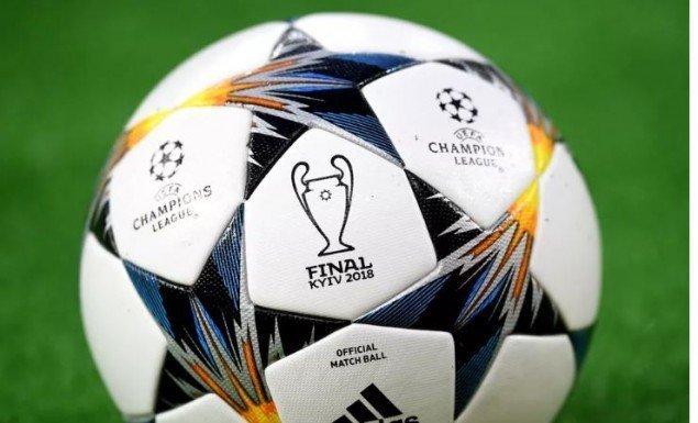 Eξετάζει κανονισμό που αλλάζει την ιστορία του ποδοσφαίρου η UEFA