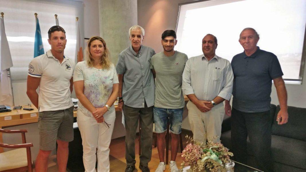 Συνάντηση με αντιπροσωπεία της ΚΟΕ ο Ζησιμίδης