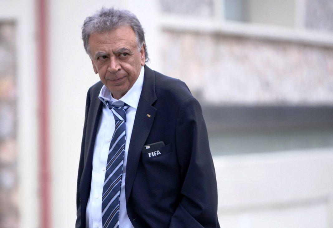 Ολυμπιακός Πειραιώς: «Ο Κουτσοκούμνης θα έπρεπε να έχει ήδη παραιτηθεί»