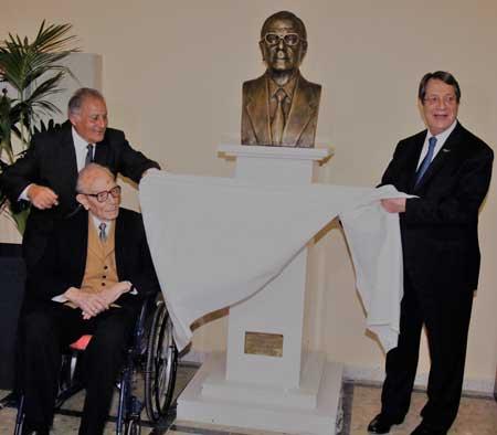 «Έφυγε» από τη ζωή ο πρώην πρόεδρος του ΚΟΑ Κυριάκος Νεοκλέους