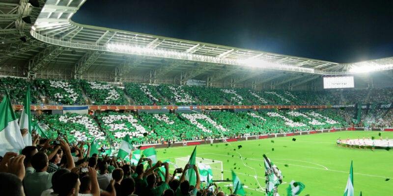 Το πάρτι τίτλου της Μακάμπι Χάιφα σε κατάμεστο γήπεδο με 35.000 κόσμο! (vid)