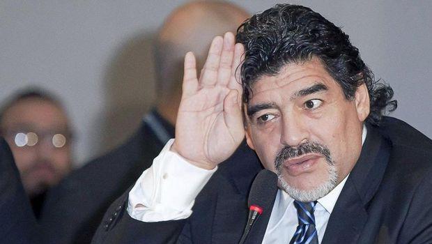Μαραντόνα: «Αναλαμβάνω τσάμπα την Εθνική Αργεντινής»
