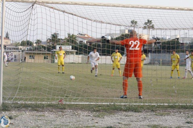 ΜΕΑΠ: Πήρε τρεις ποδοσφαιριστές