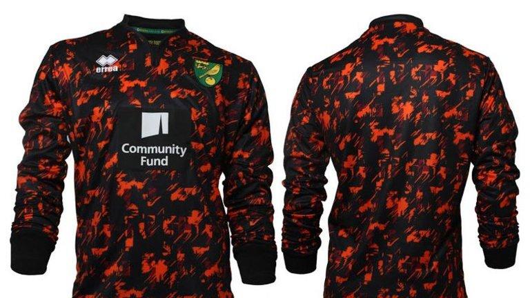 norwich-errea-goalkeeper-kit_3749474