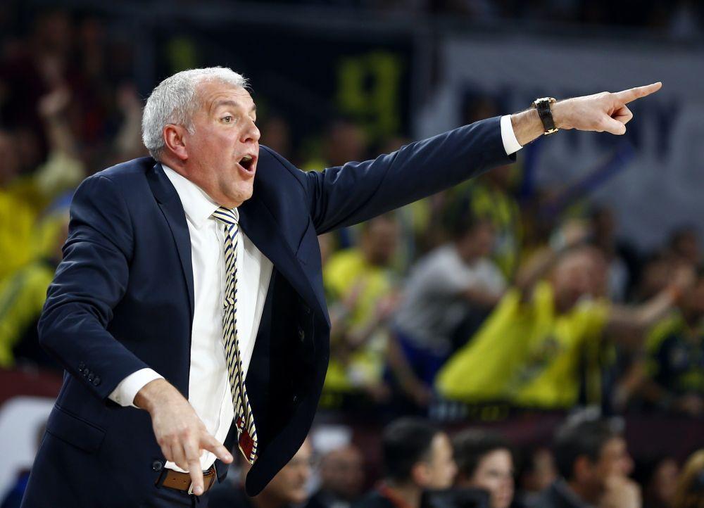 Ο Ομπράντοβιτς... ζήτησε σεβασμό στους Ελληνες οπαδούς
