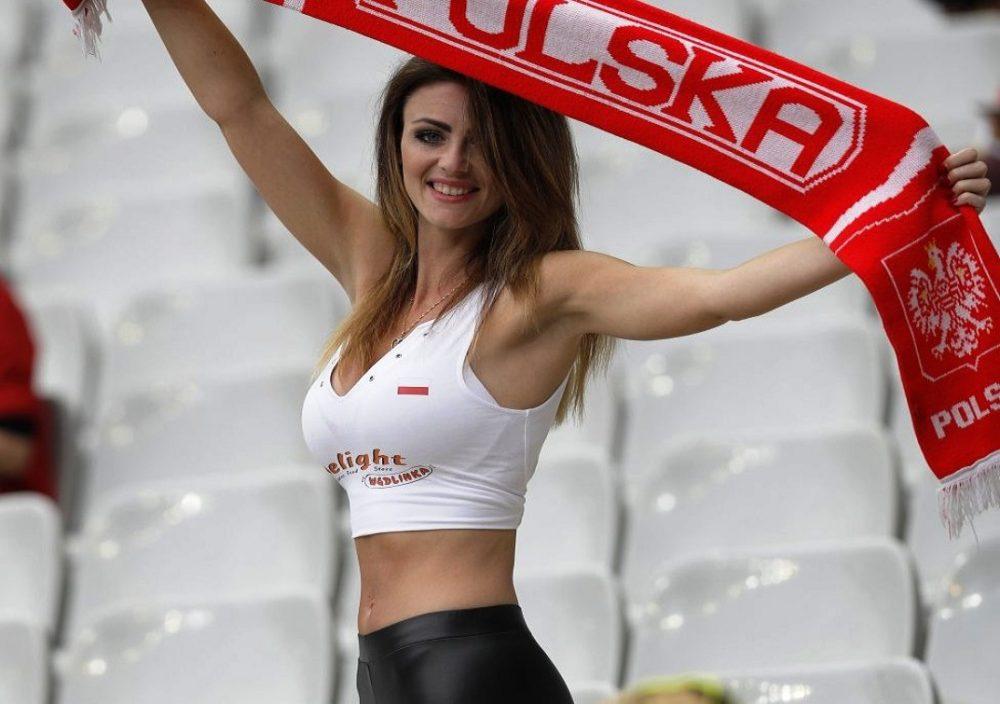 Tο πιο σέξι πολωνικό μπούστο του Euro! (pics)