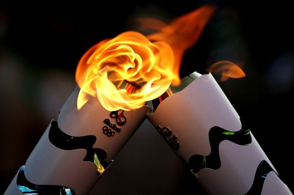Διαδηλωτές έσβησαν την Ολυμπιακή Φλόγα! (video)