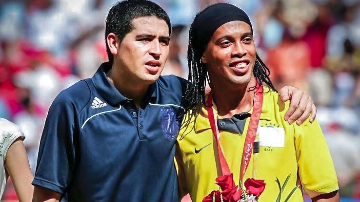 Τρομερό: Ροναλντίνιο και Ρικέλμε θα παίξουν στην Τσαπεκοένσε!