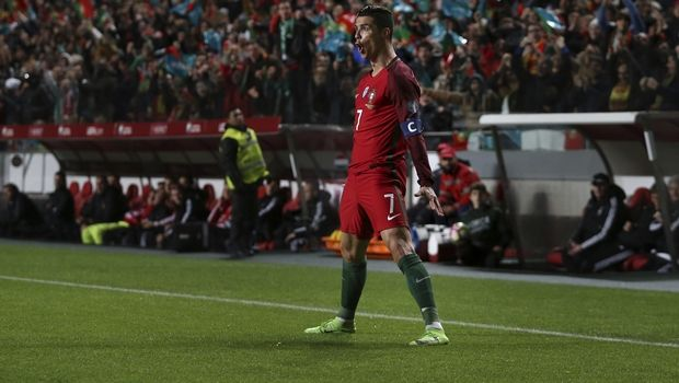 Νίκες για Γαλλία & Πορτογαλία