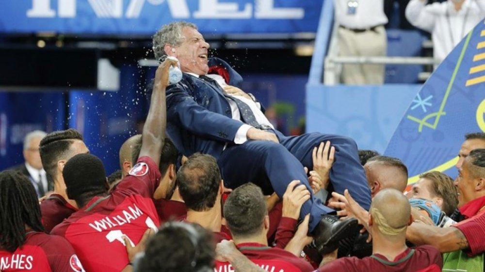 Για πάντα στην Εθνική Πορτογαλίας ο Σάντος!