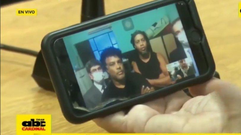 Ροναλντίνιο: Η στιγμή που ο δικαστής ανακοινώνει την αποφυλάκισή του (βίντεο)